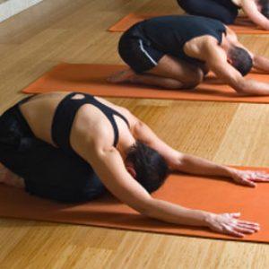 Hatha Yoga el equilibrio de tu cuerpo y mente en Coliseo Sport Center Fuengirola.